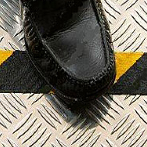 Grip Non Slip Anti Slip Tape Self Adhesive Conformable Black & Yellow 25mm x 18m